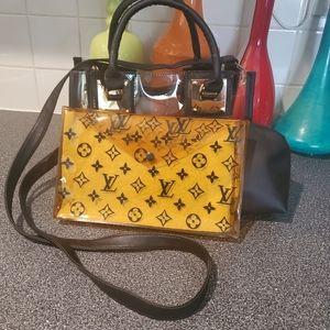 🧡Louis Vuitton Pouch plus Bag